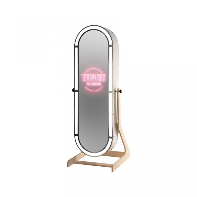 Ovaler Magic Mirror Photobooth